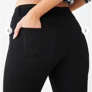 Forever 21 Mid-Rise Denim Skinny Jeans in Black